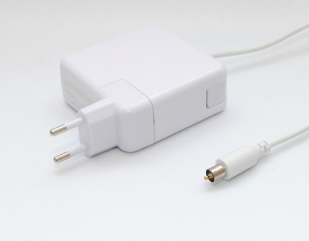 Alimentatore notebook 24.5 Volt per APPLE Powerbook G3 Pismo, Powerbook G3 Lombard, Powerbook G3 Wallstreet,